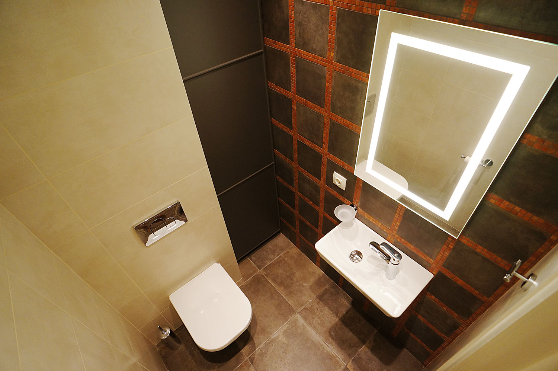 туалет плитка panaria, сантехника vitra, шкаф ikea